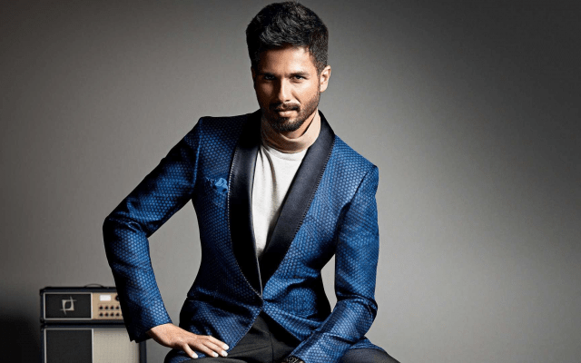 Animals In Suits Wallpaper Wallpapers Shahid Kapoor Indian Actor Man Suit