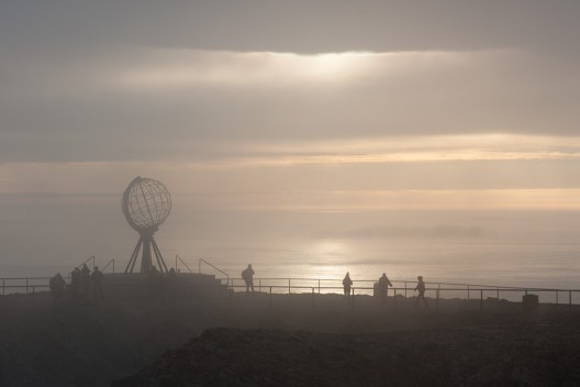 Weltkugel auf dem Nordkapp