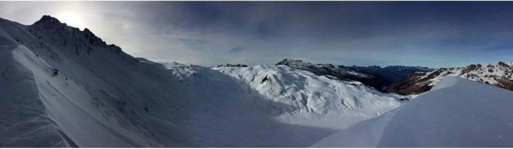 superbe panorama de la montagne au ski