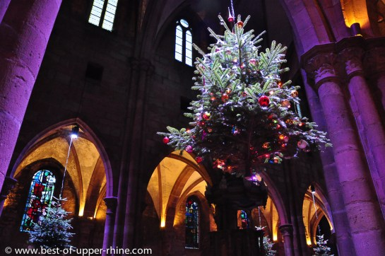 Selestat Sapin de Noel dans l'eglise St Georges