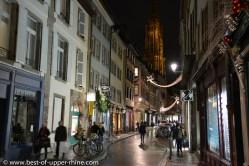 La cathédrale veille sur les rues de Strasbourg