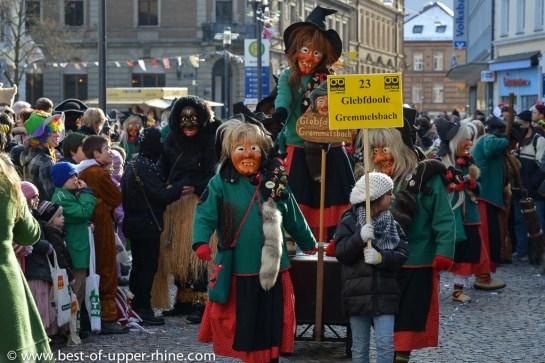 Sorcières. Parade du carnaval de Emmendingen près de Fribourg en Allemagne