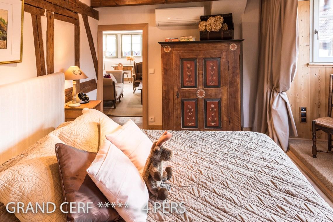 Grand Cerf à riquewihr - appartement 5 étoiles vue sur la chambre