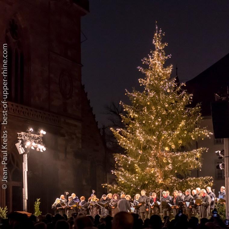 Concert inaugural du marché de Noël de Bâle.
