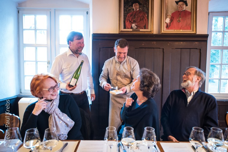 Exemple d'atelier à la Confrérie Saint-Etienne: associer les vins d'Alsace au fromage.
