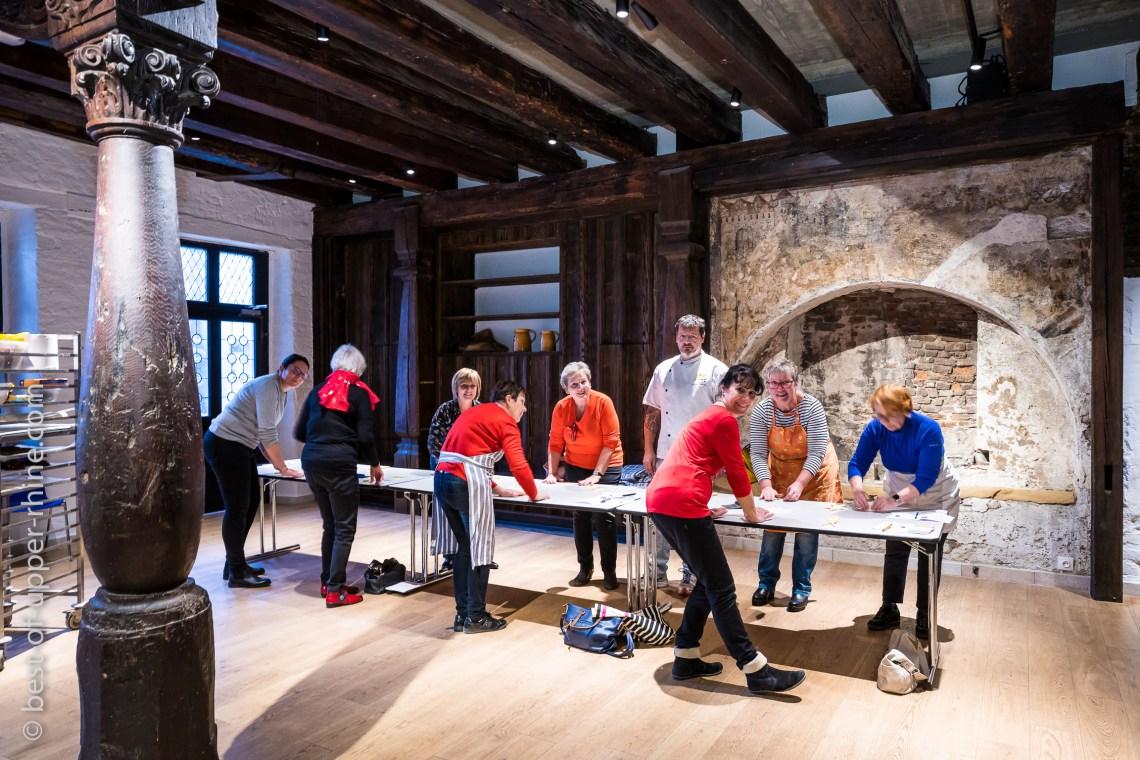 La Maison du Pain d'Alsace à Sélestat accueille l'atelier des spécialités de Noël.