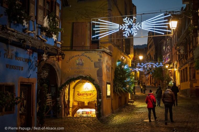 L'ambiance de Noël est bien présente à Riquewihr cette année