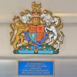 royal-warrant-londres-john-lewis