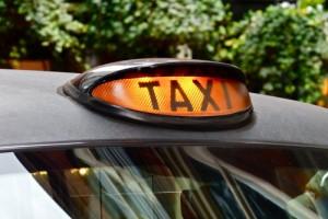 taxi-londres-black-cab-allume