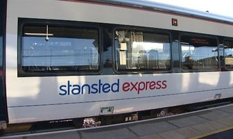 train-stansted-express-transfert-aeroport-londres
