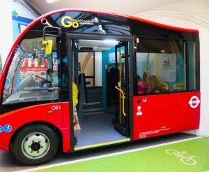 musee-transports-bus-enfant
