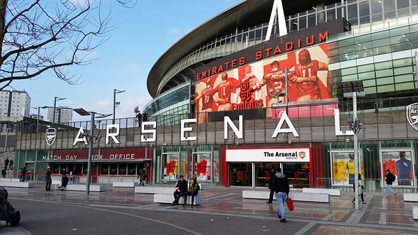arsenal-emirates-stadium-enfants