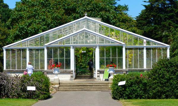 kew-gardens-waterlily-house