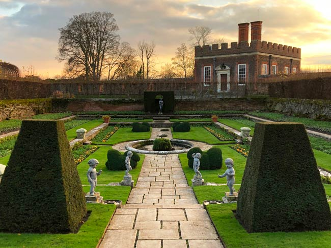 Hampton-court-palace-jardin