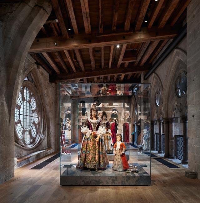 Westminster-queens-gallery