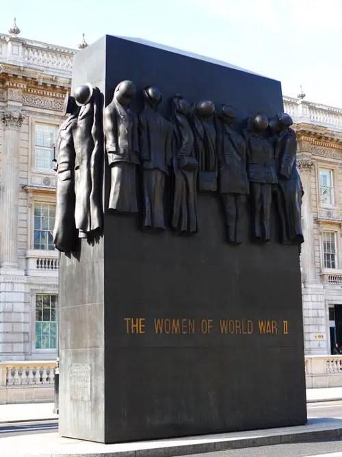 Monument-Women-of-Wordl-War-II