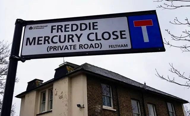 Freddie-Mercury-close