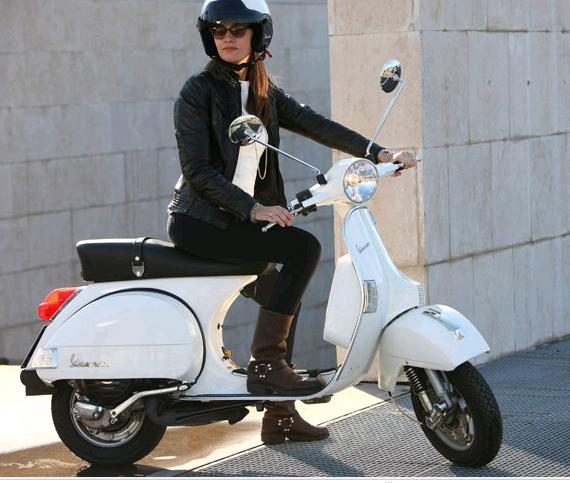 https://i0.wp.com/bonsaibiker.com/wp-content/uploads/2011/04/vespa.jpg