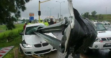 Kecelakaan BMW Rooy
