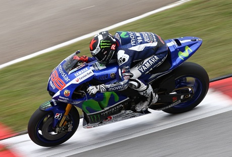 lorenzo at Sepang day 2