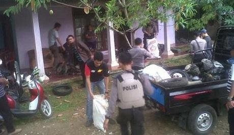 Polisi Grebeg Desa Sasak Panjang