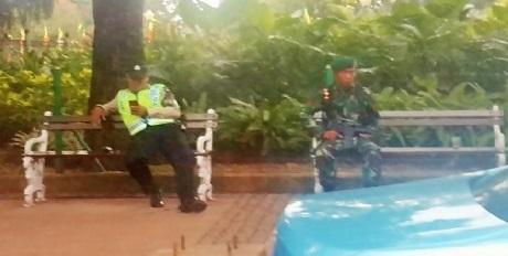 petugas pengaman kaa
