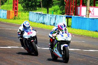 R 25 di Kejurnas 250 cc