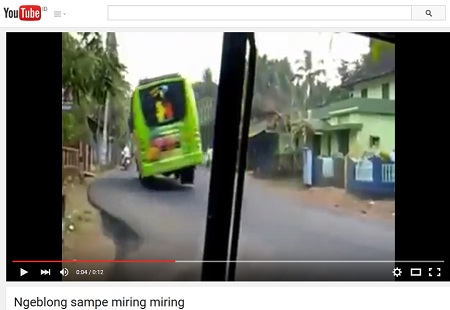 bus cornering sampe miring