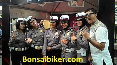 Takjil Polres Cirebon Kabupaten Bersama Masyarakat