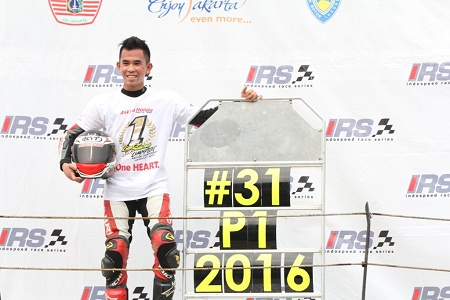 Gerry Salim Rebut Gelar Juara IRS Supersports 600cc