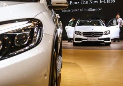 Mobil Mewah Mercedes-Benz Siap Dipajangkan di IIMS 2017