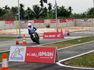 Mega Gallery Foto The 12th Astra Honda Safety Riding Instructor Competition (AH-SRIC) 2018 Day 1 (9)
