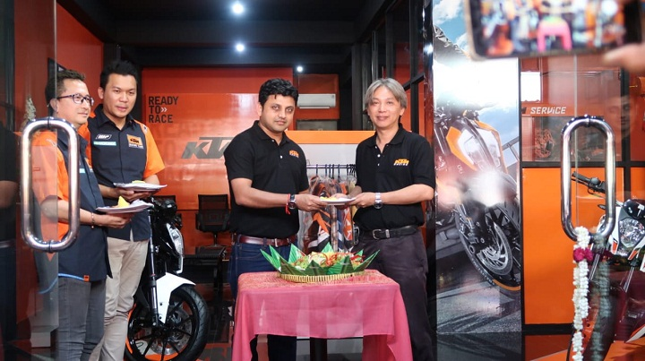 Launching KTM SOLO