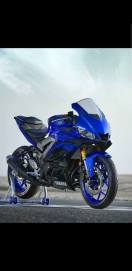 New Yamaha YZF-R25 2019 Face Lift tampak samping kanan