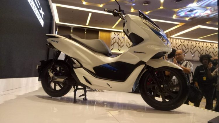 Mega Gallery Honda PCX Electric