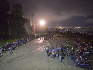 Suzuki Saturday Night Ride Dihadiri Ratusan Bikers