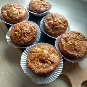Read more about the article Recette muffins aux pommes, bananes et à la vanille