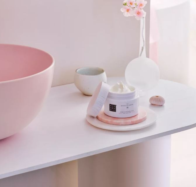 Read more about the article Echantillon gratuit The Ritual of Sakura de Rituals