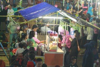Tersedia kuliner malam (2) (fahmi fajri/bontang post)
