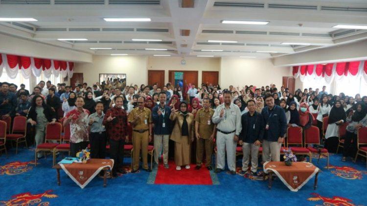 Neni Moerniaeni (tengah) membuka Pelatihan Pemagangan Dalam Negeri yang diikuti 210 orang peserta. (Humas Pemkot Bontang)