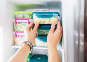 Ada beberapa bahan makanan yang sebaiknya tidak disimpan di kulkas. (Shutterstock)
