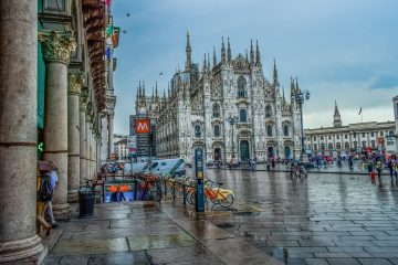 MILAN:  NON STOP ROUND TRIP FLIGHT + HOTEL 4 * (3 NIGHTS)  FROM SOME EUROPEAN COUNTRIES FROM 113 EUROS P/P