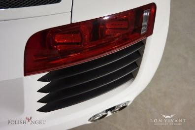Bon Vivant Enhance Package   Audi R8 4.2 V8