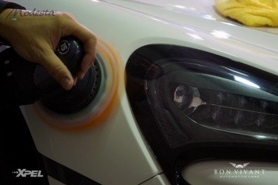 Polishing the paintwork to perfection
