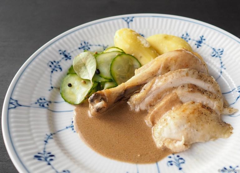 Kylling med skilt saus