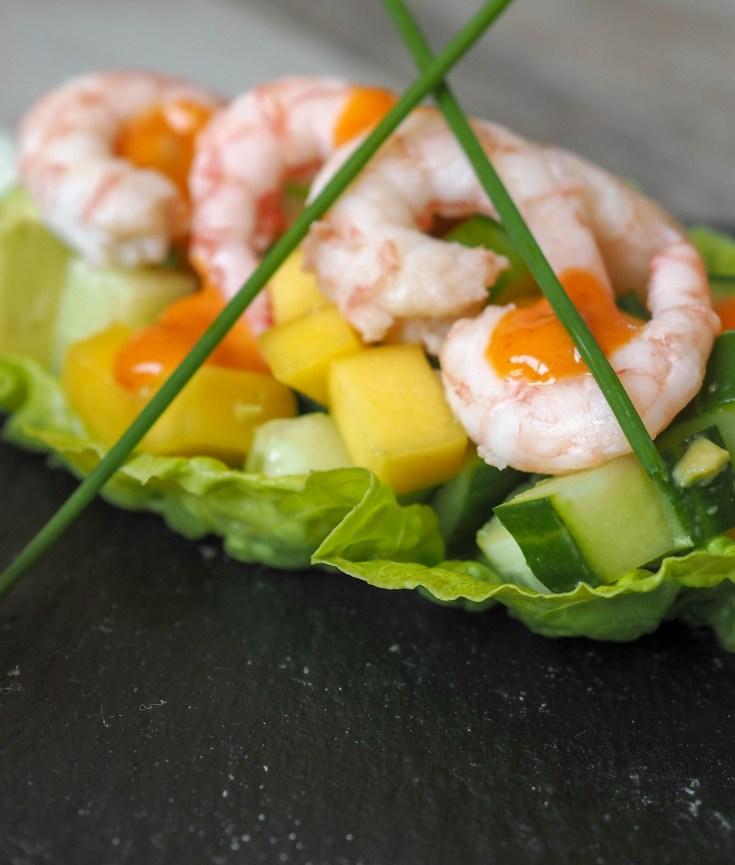 Prøv å lage disse enkle fylte salatbladene. Da har du en enkel liten lunch, fingermat, en deilig liten forrett i sommervarme eller en artig liten sak til koldtbordet.