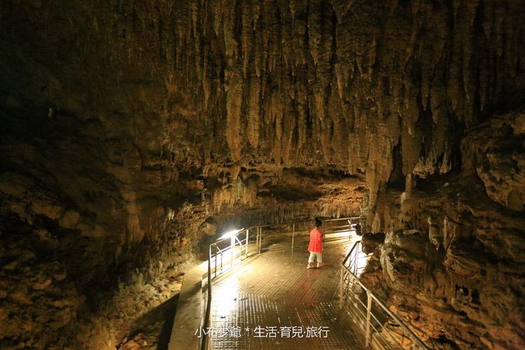 日本 沖繩 南部 玉泉洞鐘乳石洞裡的和嘆咖啡-12