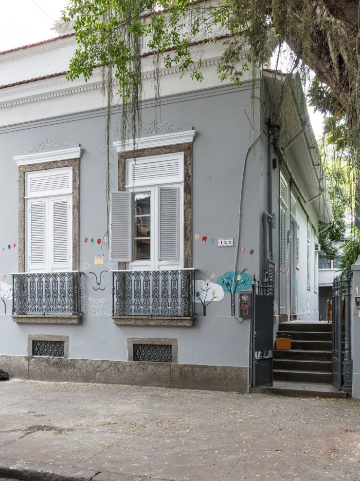 fachada-ilustra-patlobo-lanatoca