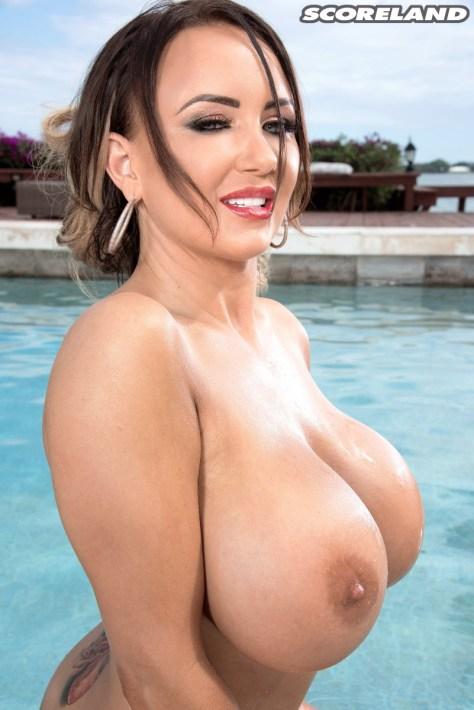 Danniella Levy - Bikini Babe Bash 10