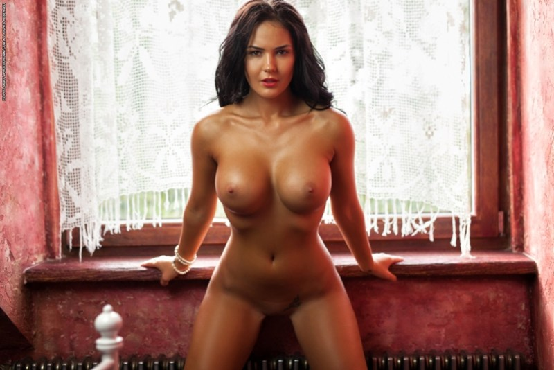 Kendra - The Red Tales 09